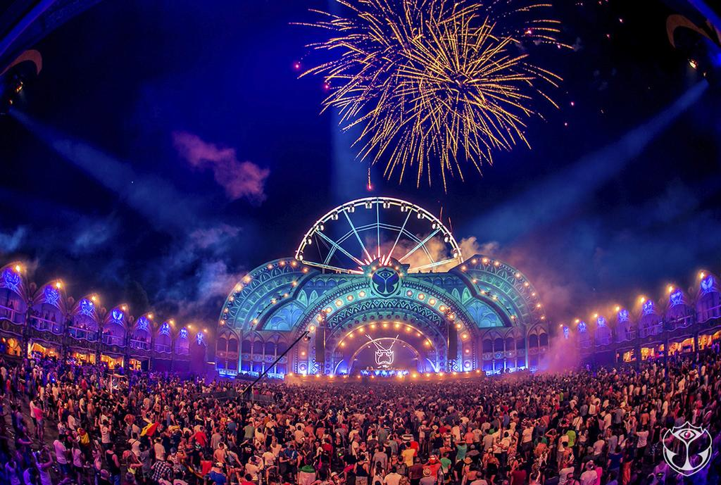 Tomorrowland 2014 - Gigant Stage
