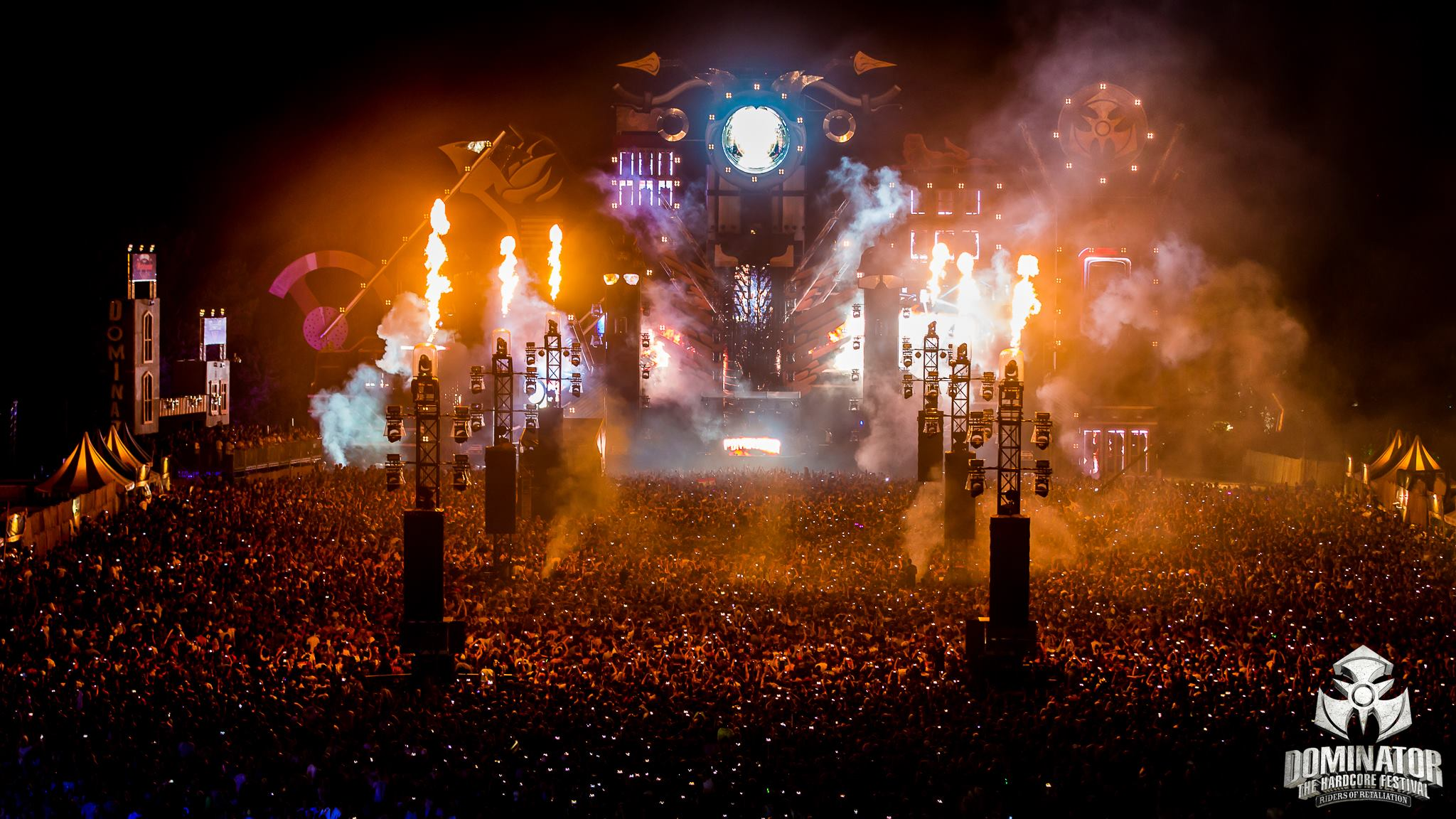 Dominator 2015 gigant stage for Wallpaper photo